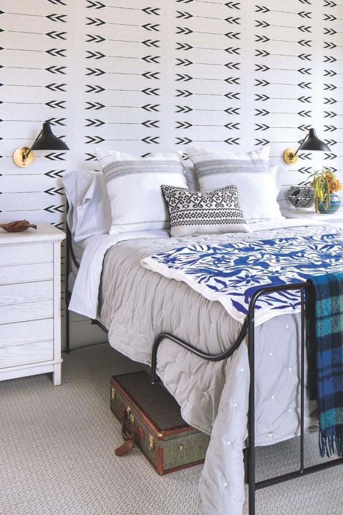 Jackson Bed White