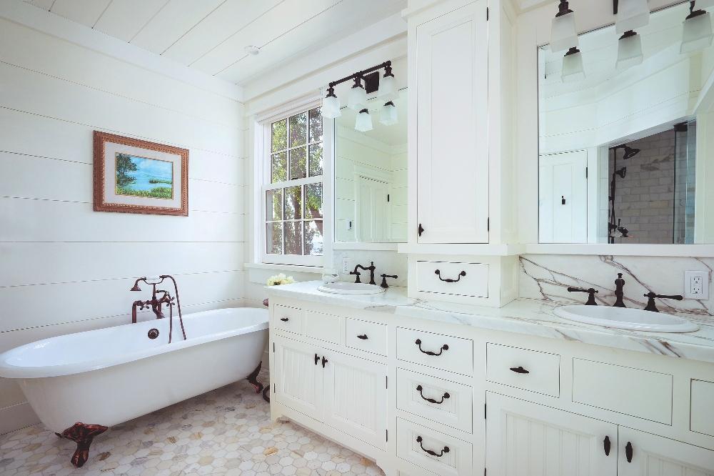 Tahoe Bath