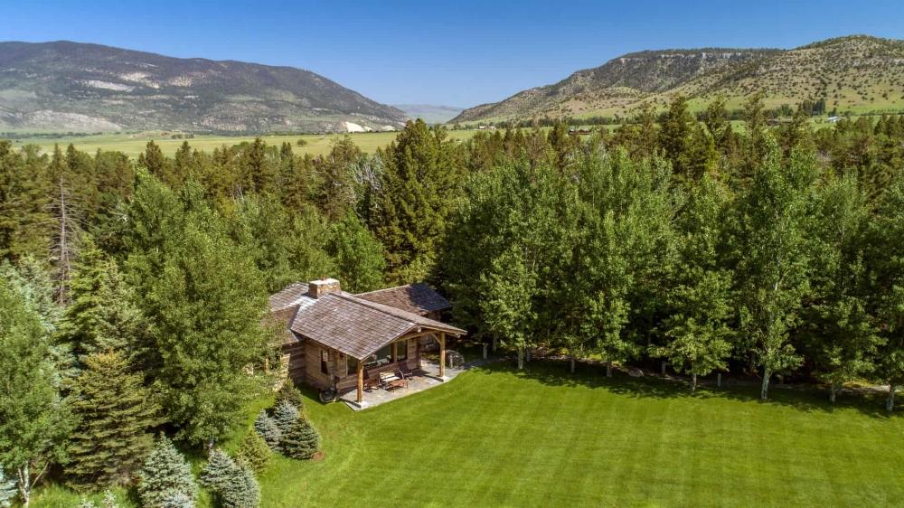 Principal Residence Absaroka Moon Retreat Home For Sale Livingston Montana
