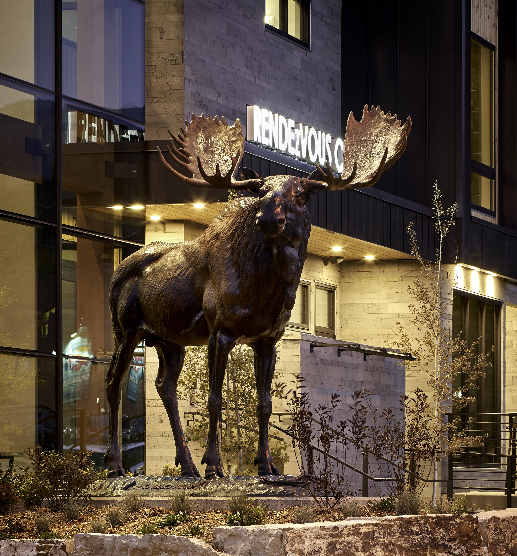 Koelbel Winter Park Office Visitors Center Moose Sign 09 17 20 95mb
