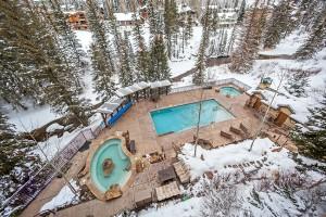 410 Winter Pool3 2016
