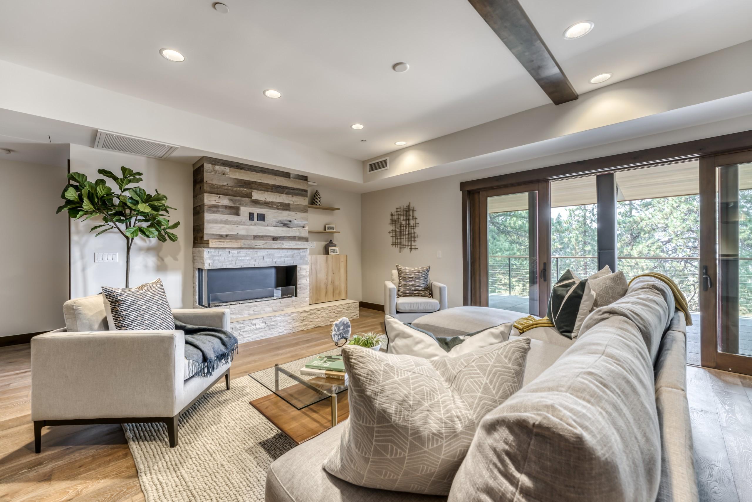Living Room 220