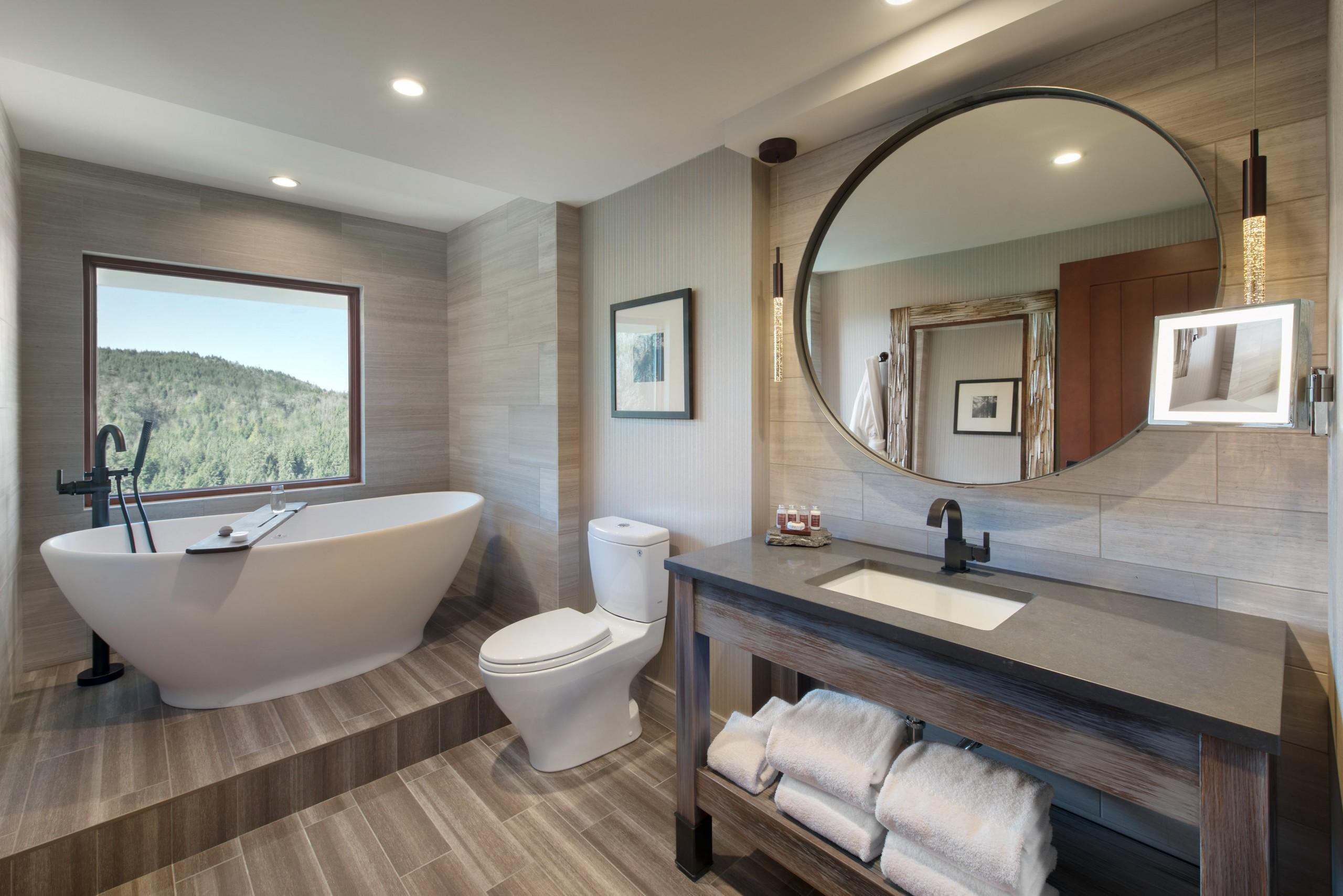 Salish Lodge & Spa Suite Bathroom | Image By Kipman Creative