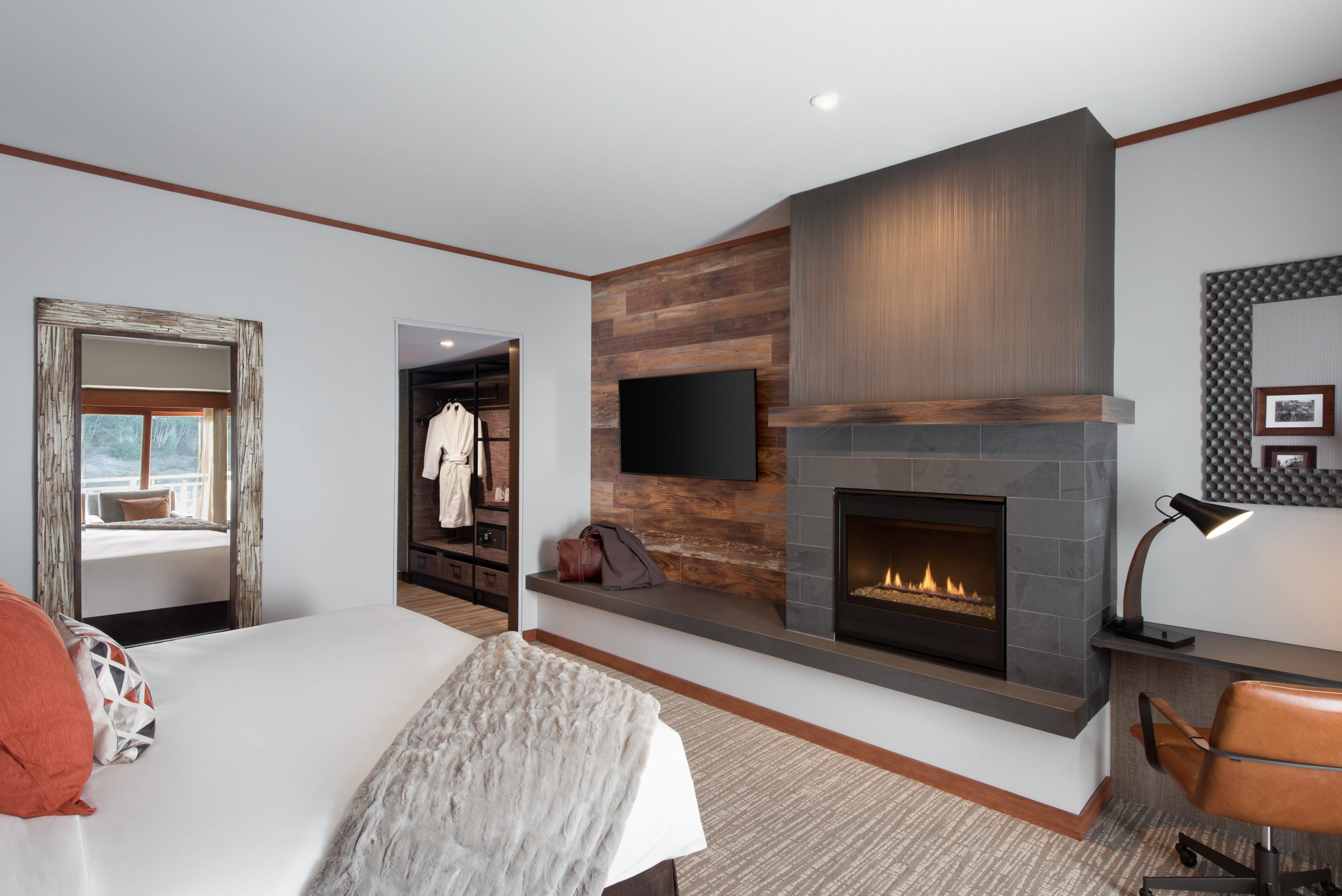 Salish Lodge & Spa Patio Guest Room | Image By Kipman Creative