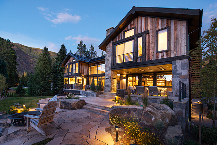 6 Homes With Stunning Contemporary Architecture - Mountain Living